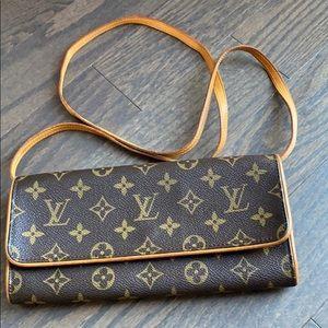 ⭐️price is firm⭐️Louis Vuitton Twin Pochette GM